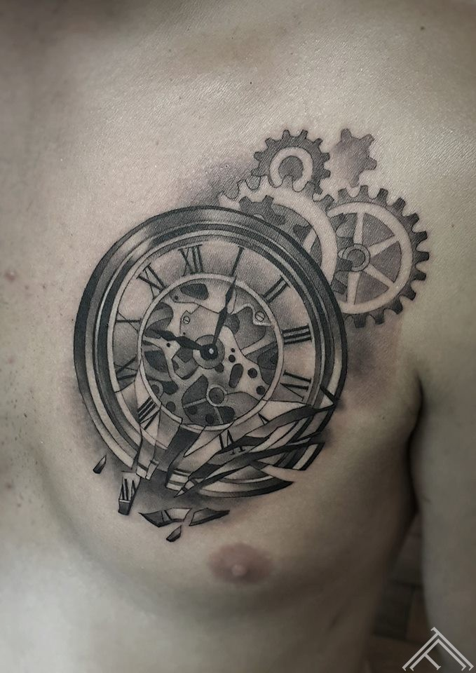 clock-pulkstenis-tetovejums-tattoo-riga-tattoofrequency-janissvars
