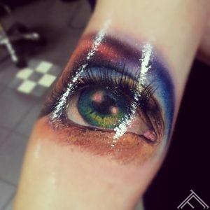 colour_eye_tattoo_marispavlo