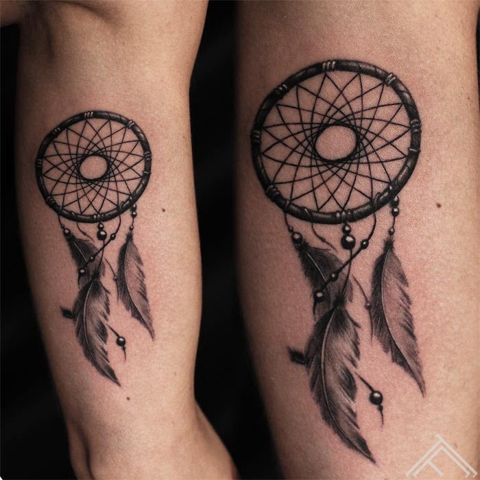 dreamcatcher-sapnukerajs-tattoo-tetovejums-tattoofrequency-studija-salons-riga-art-martinssilins-maksla