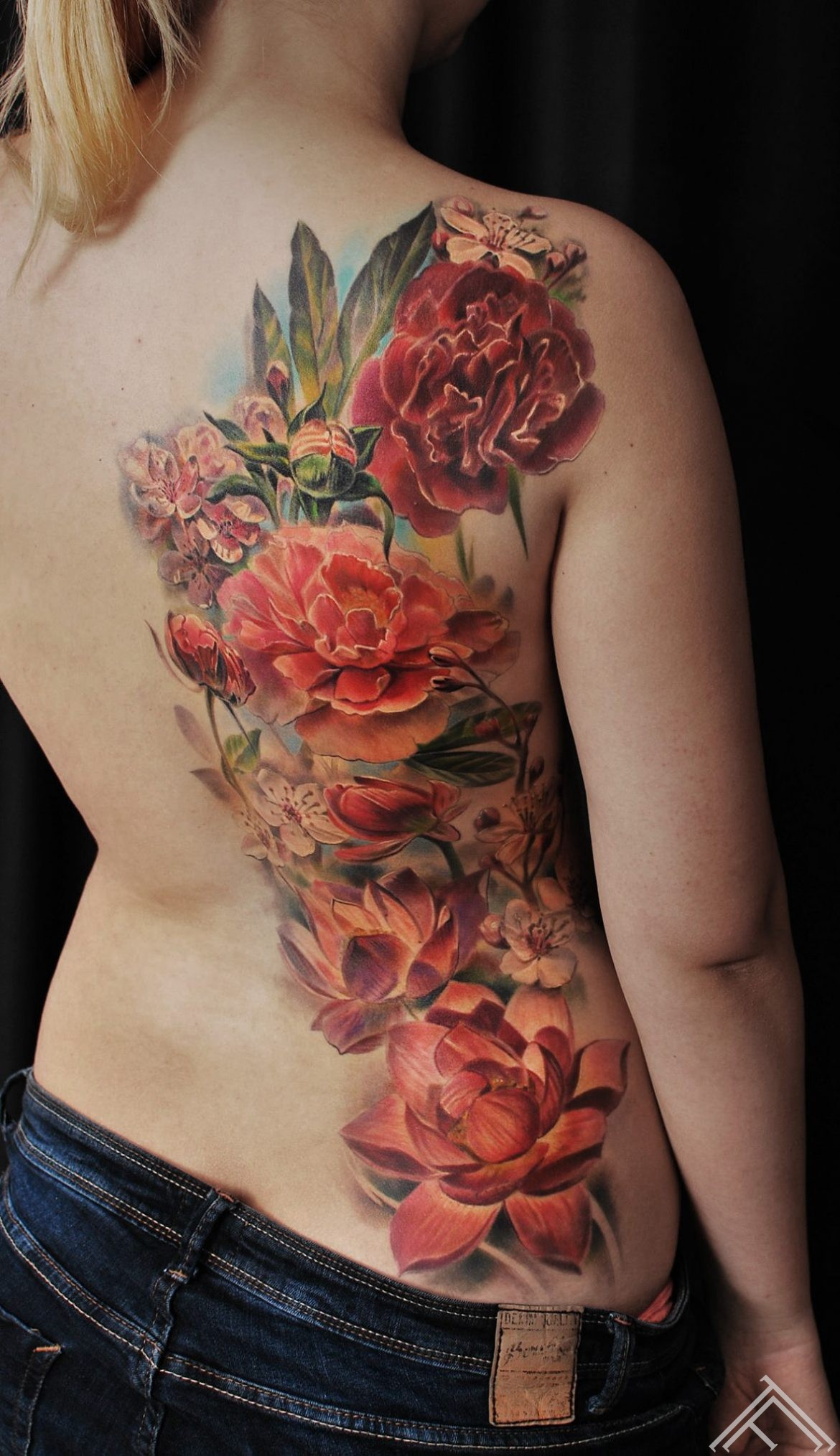 flowers-peony-lotus-lotos-cherryblosom-tattoo-ziedi-tattoofrequency-riga-marispavlo