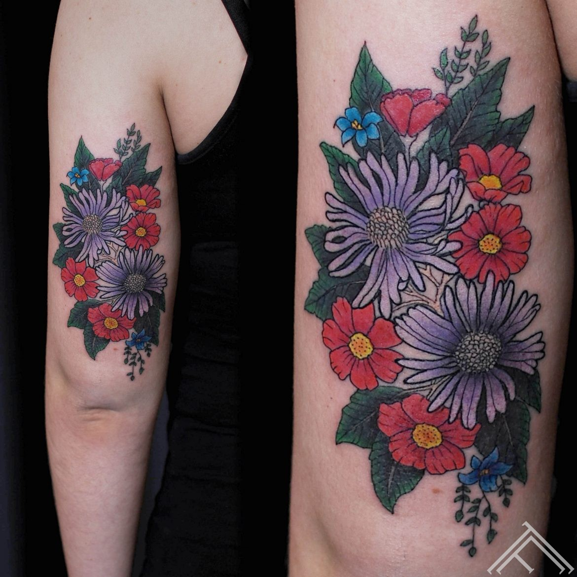 flowers_tattoo_graphic_art_tattoo_tattoofrequency_anderson_riga_instagram