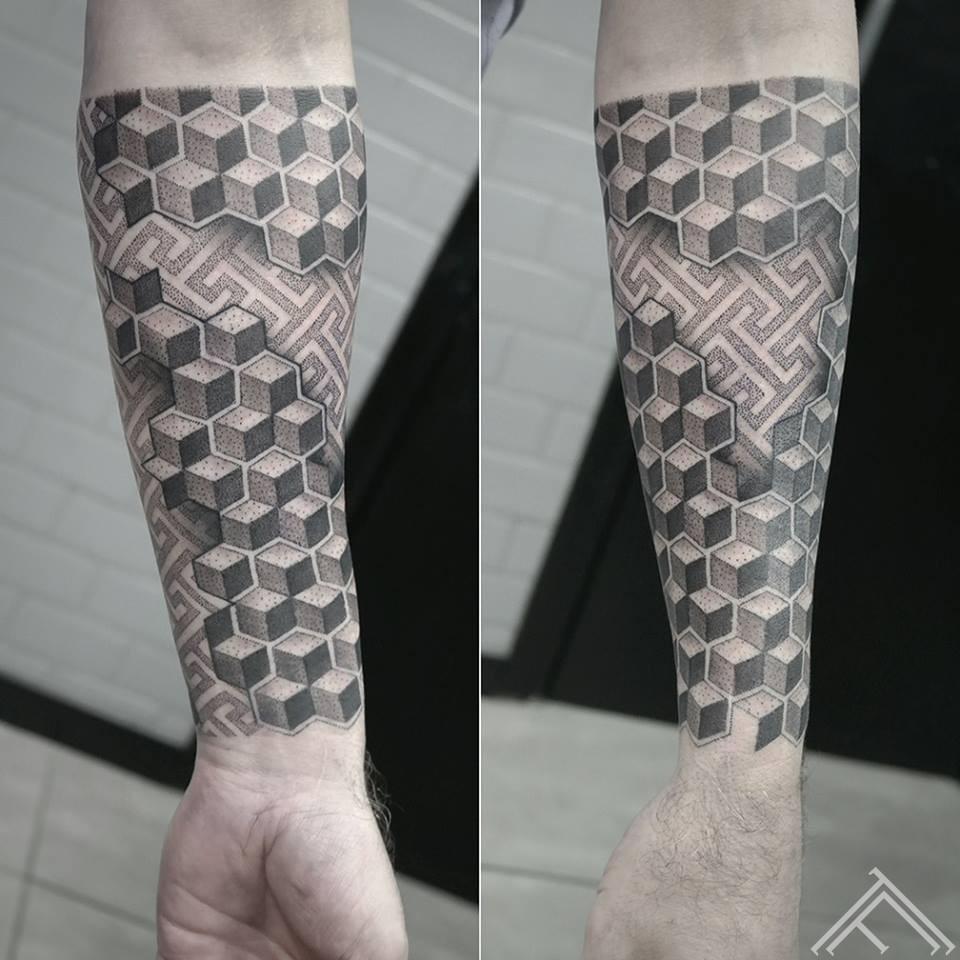 geometric-tattoo-tetovejums-tattoofrequency-riga-janissvars