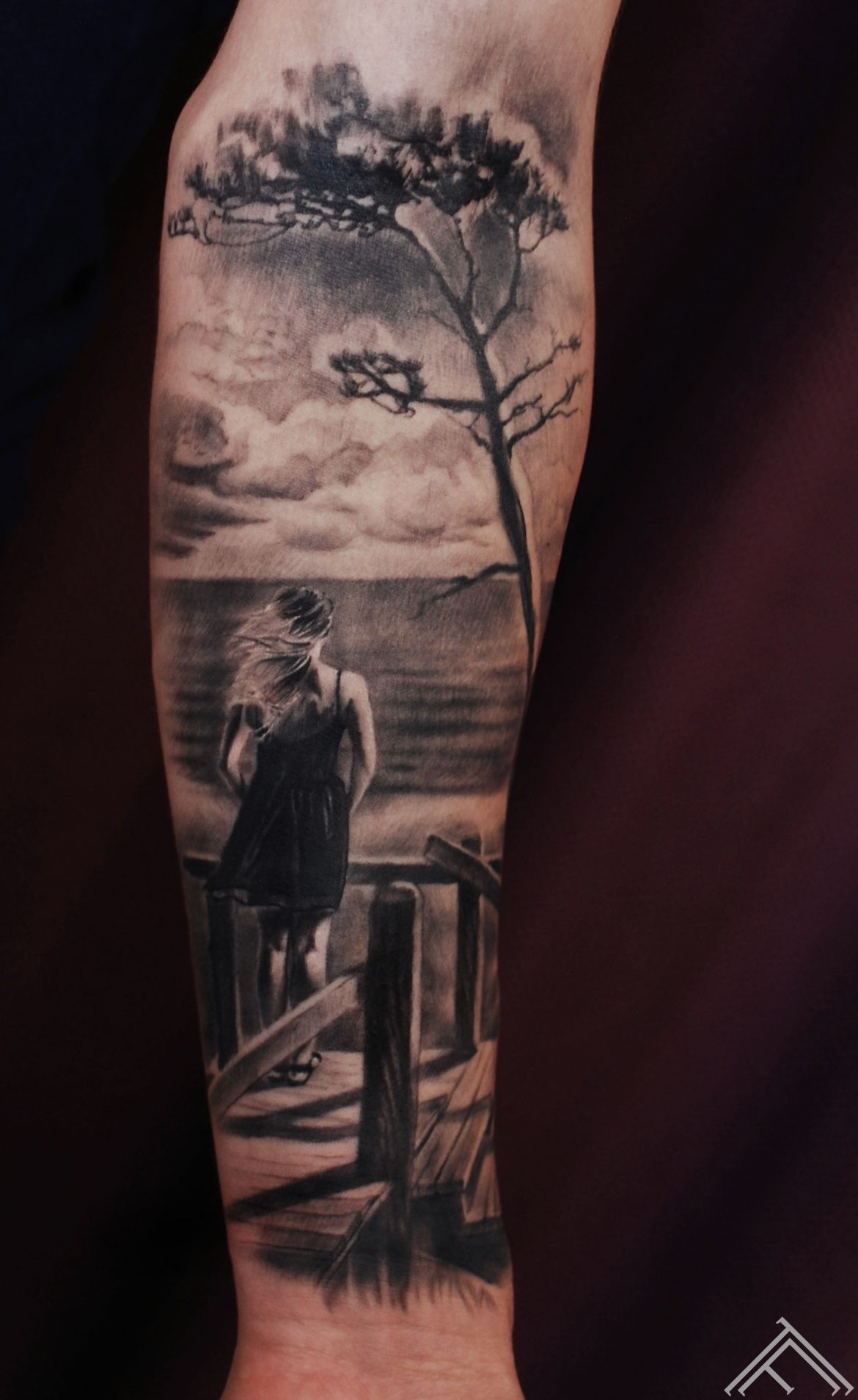 girl-sea-waiting-sailor-pine-tree-marispavlo-tattoofrequency-tetovejums