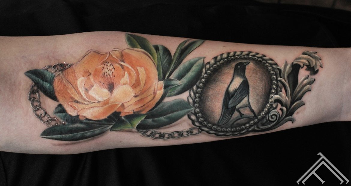 janisanderson-tattoo-flower-bird-riga-tattoofrequency