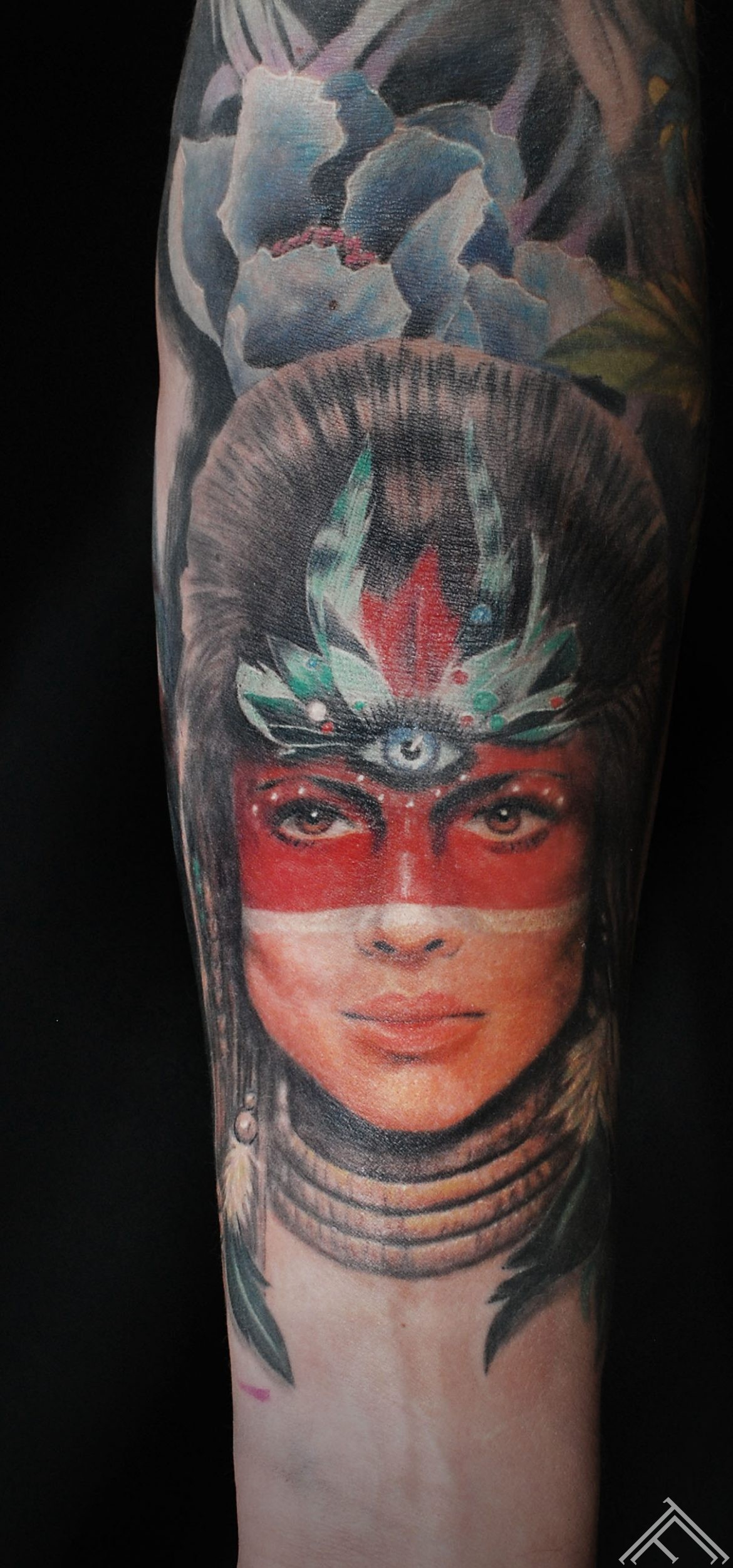 janisanderson-tattoo-tattoofrequency-riga-woman-portrait-tetovejums