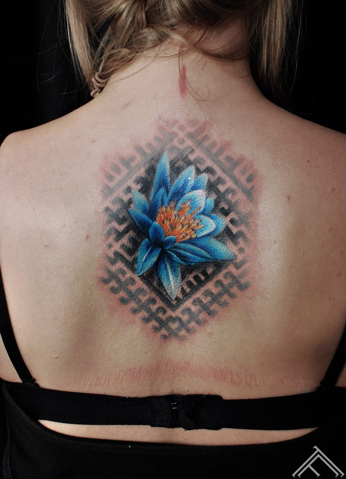 janisandersons-lotus-tattoo-tattoofrequency-riga