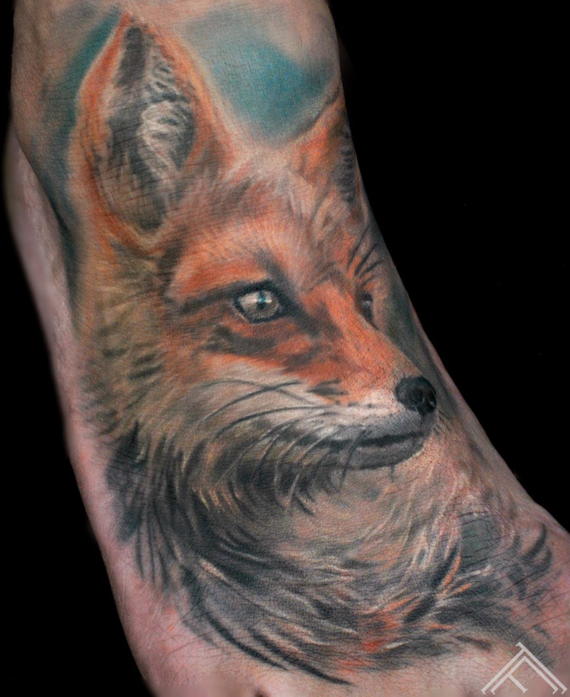 lapsa_fox_tattoo_tattoofrequency_art_marispavlo
