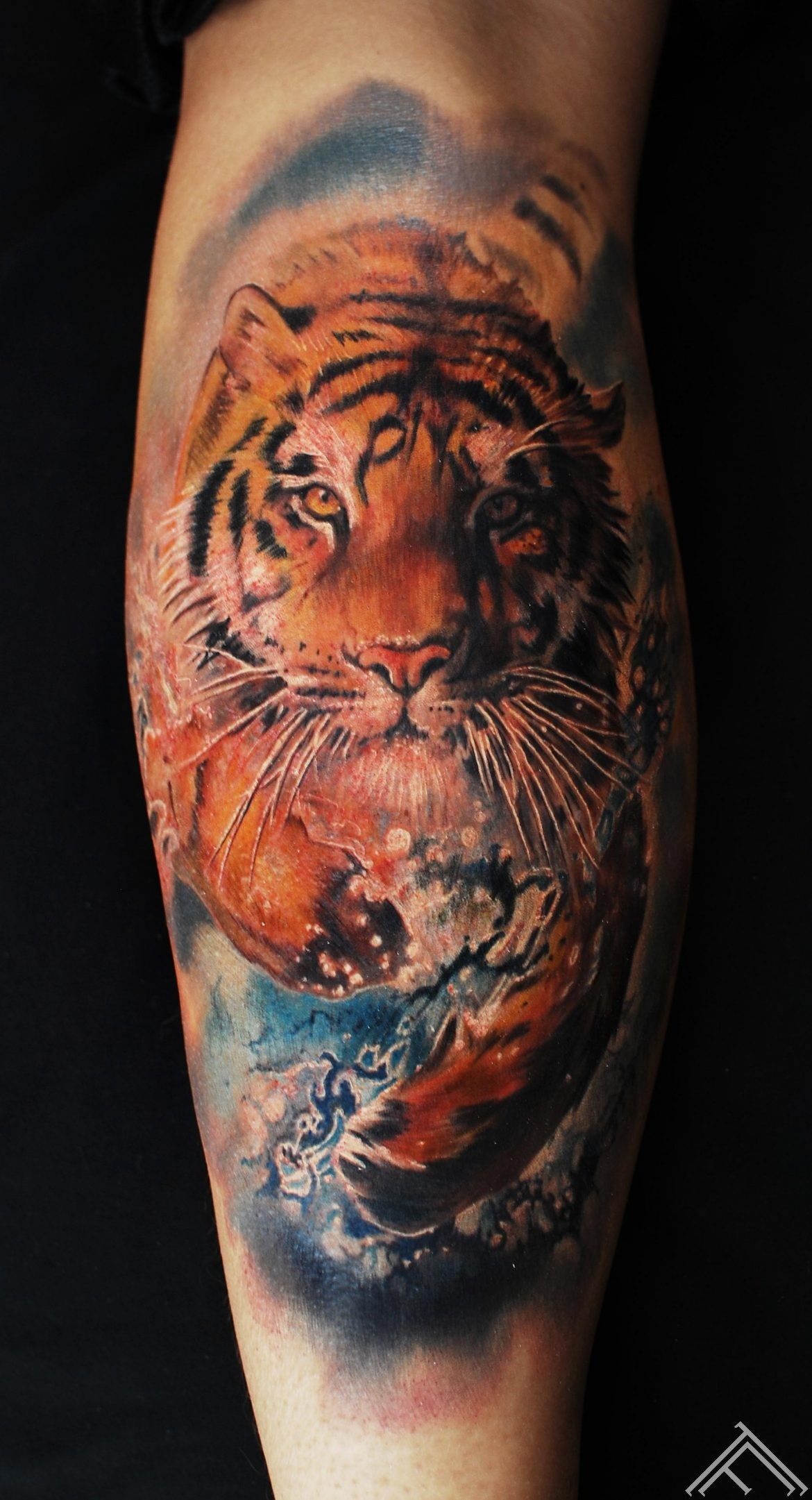 marispavlo-tattoo-tattoofrequency-tiger-running-water-splash-art-amazing-nice-riga-portfolio