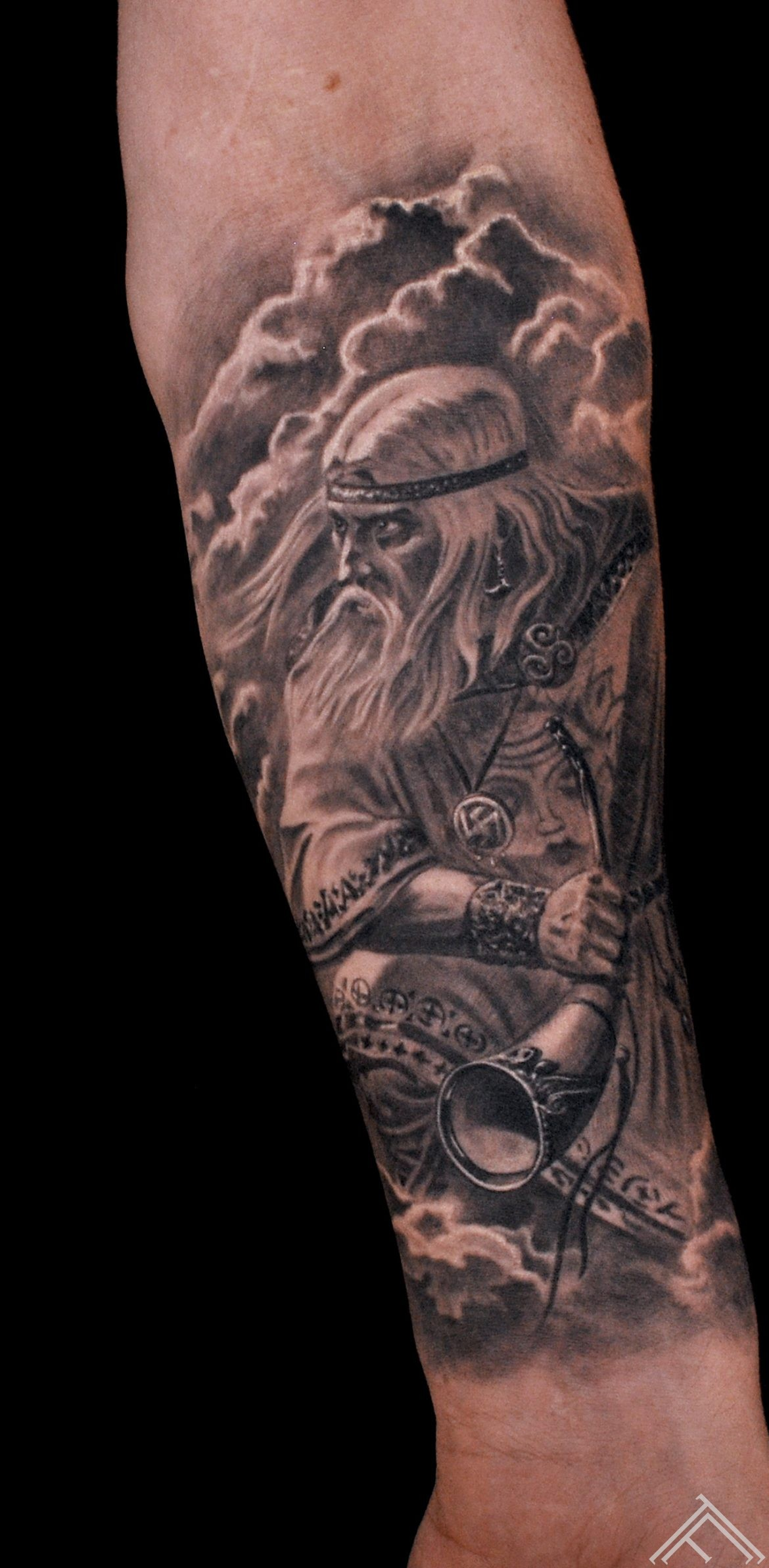martins_silins_tattoofrequency