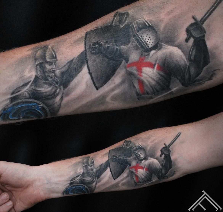 martinssilins-tattoo-kauja-krustnesis-latvijas-simboli-tetovejums-riga-tattoofrequency-art