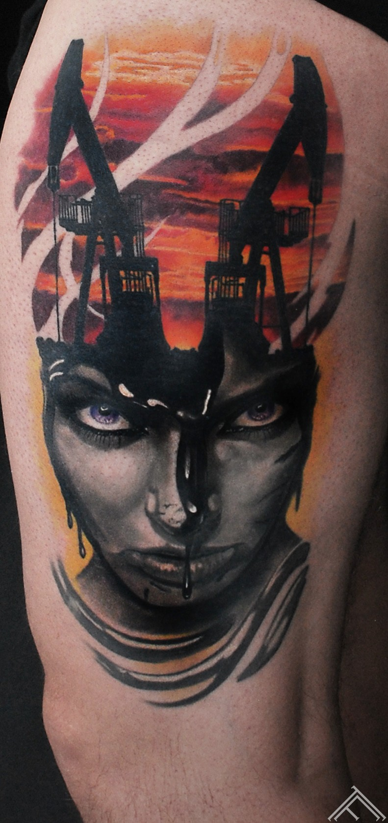 martinssilins-tattoo-tattoofrequency-woman-oil-portrait-riga-maksla-tetovejums