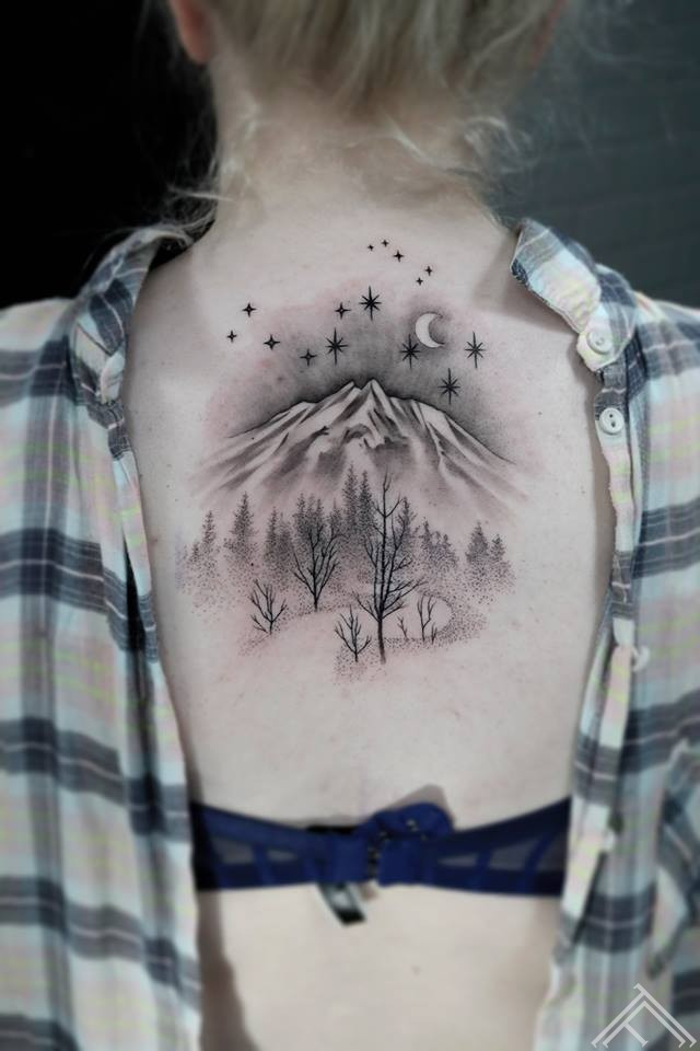 mountain-stars-trees-koki-kalni-zvaigznes-tetovejums-tattoofrequency-tattoo-riga-janissvars