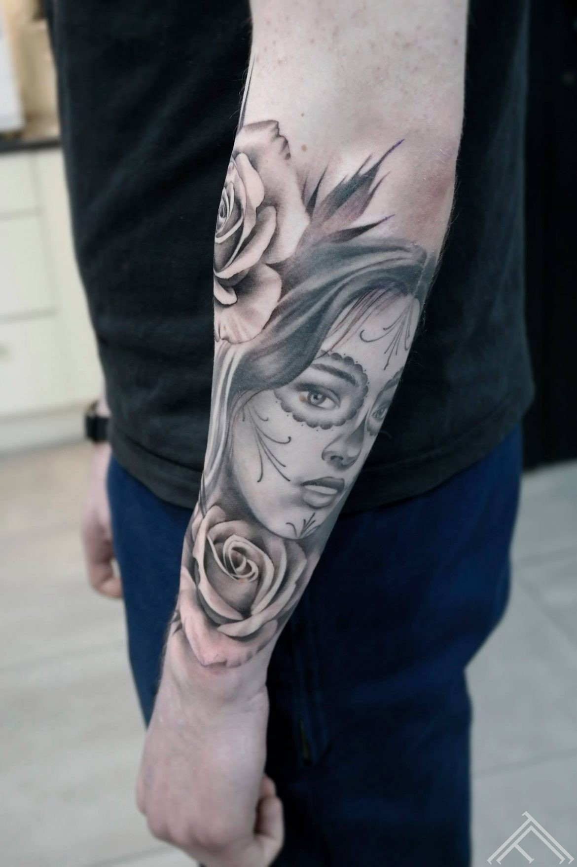 muerte-rose-rozes-tetovejums-tattoo-tattoofrequency-riga-janissvars