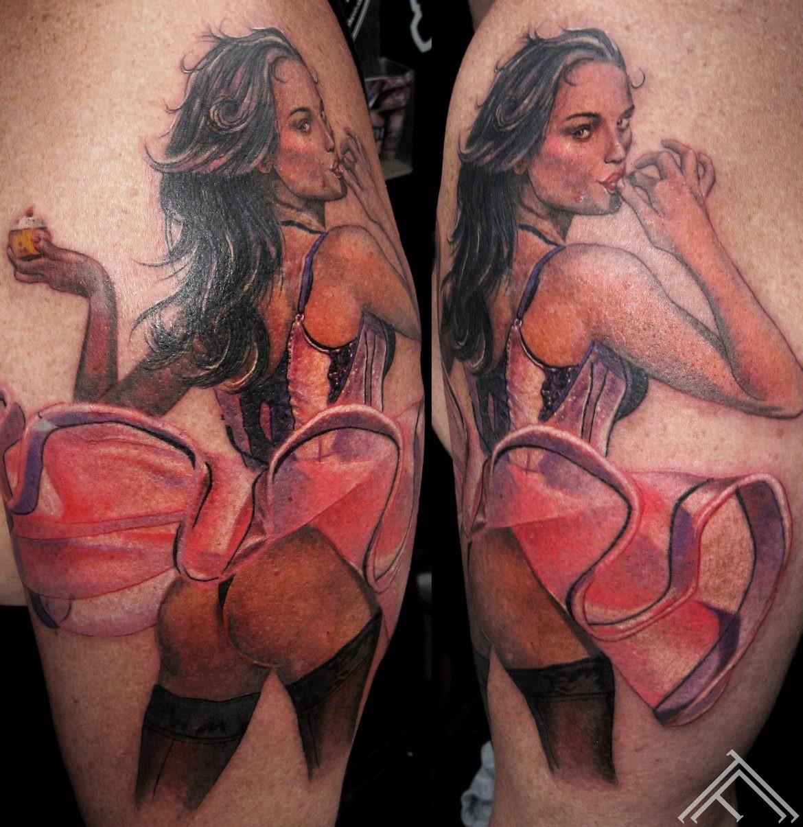 pinup-woman-sexy-girl-marispavlo-tattoo