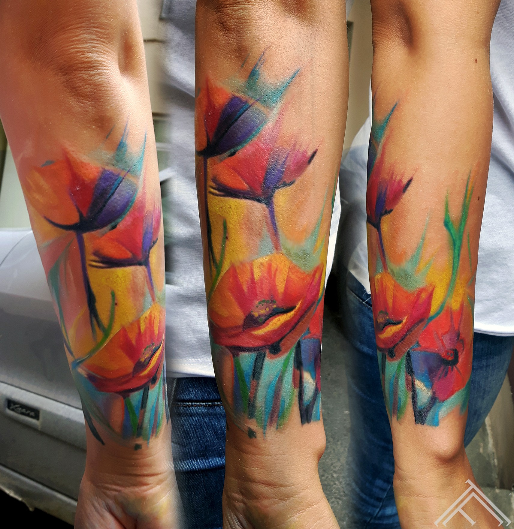 poppies-magones-tattoo-tattoofrequency-riga-latvija-johnlogan