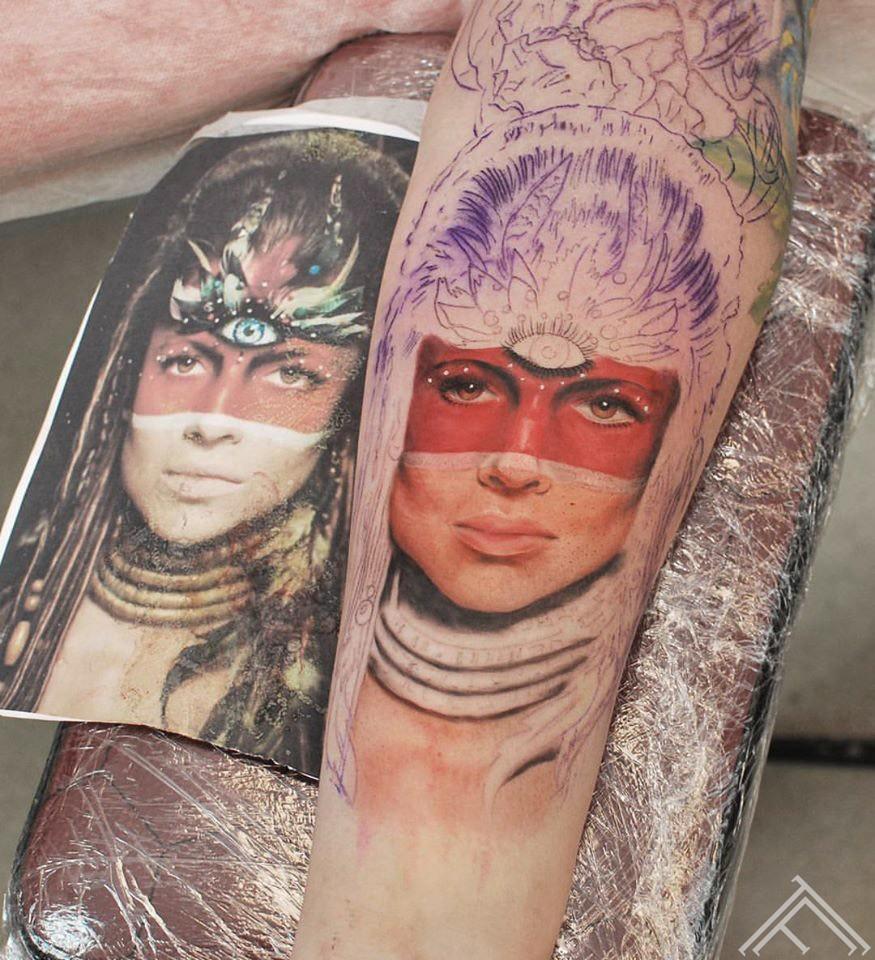 portrait-indian-inprocess-tattoo-tattoofrequency-riga-janisandersons-art-maksla