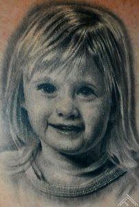 portrait_maris pavlo_tattoo_tattoofrequency_tattoostudio_salooninriga
