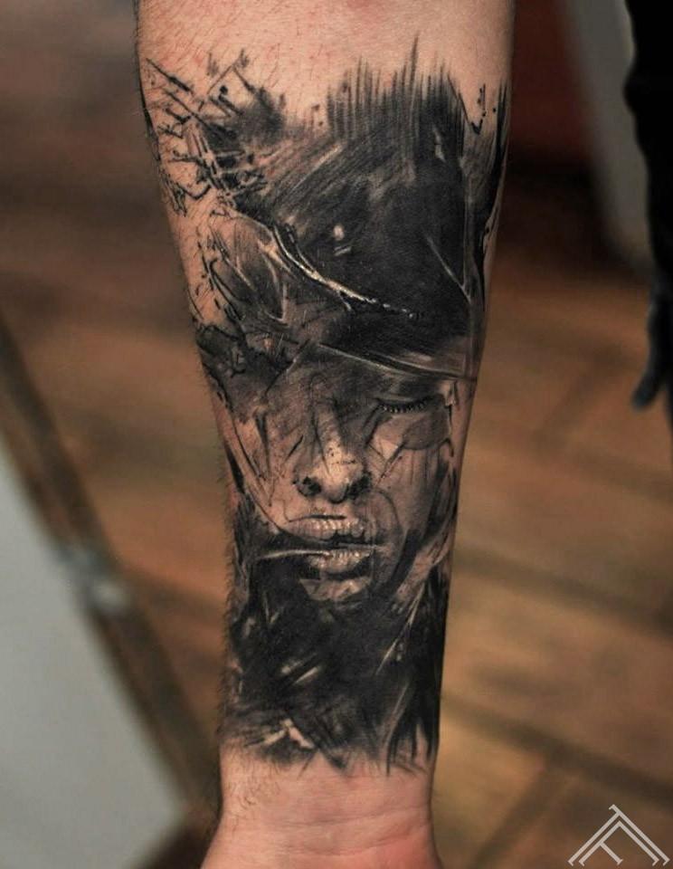 sketch-face-portrait-portrets-apstrakts-tattoo-tetovejums-tattoofrequency-riga-latvija-janisandersons