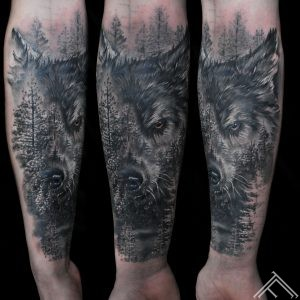 wolf_forest_spruce_marispavlo_tattoo_tattoofrequency_riga