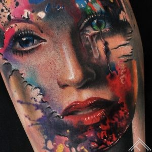 woman-color-colour-krasas-sieviete-portrait-portrets-tattoo-tetovejums-ink-tattoofrequency-riga-marispavlo-macro
