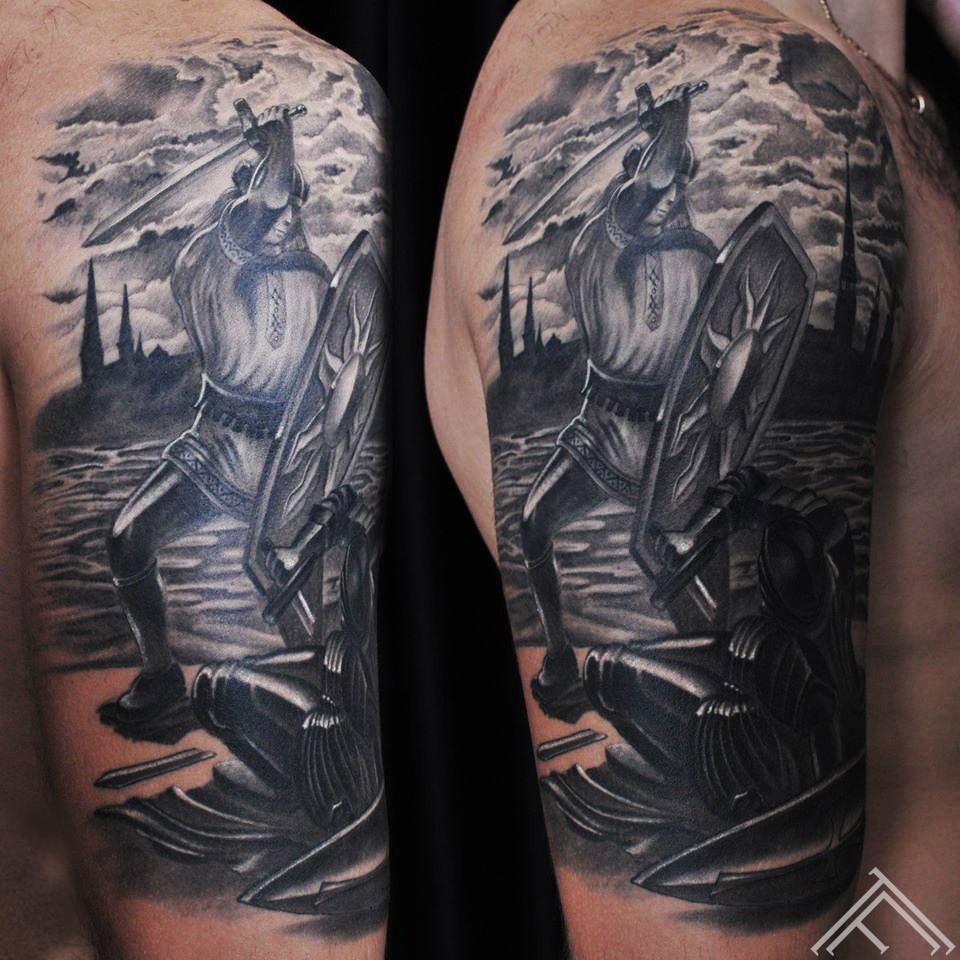 12-martinssilins-tattoo-tattoofrequency-milda-gerbonis-riga-latviesuzimes-latvija-simbols-symbol-latviansymbol-studija-salons-tetovesana-jumis-auseklis