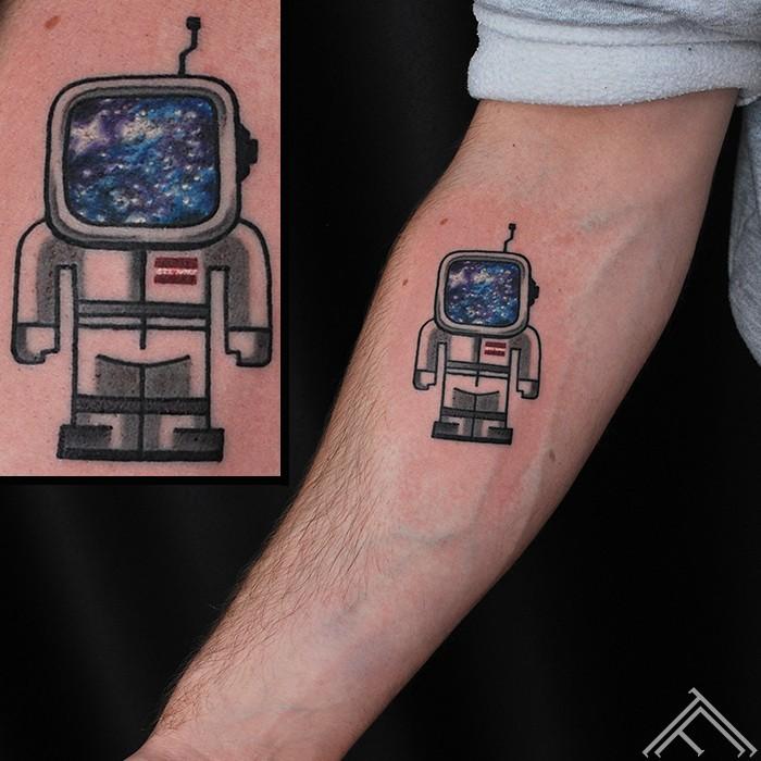 14-martinssilins-tattoo-tattoofrequency-milda-gerbonis-riga-latviesuzimes-latvija-simbols-symbol-latviansymbol-studija-salons-tetovesana-jumis-auseklis