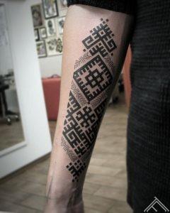 2-janissvars-tattoo-tattoofrequency-milda-gerbonis-riga-latviesuzimes-latvija-simbols-symbol-latviansymbol-studija-salons-tetovesana
