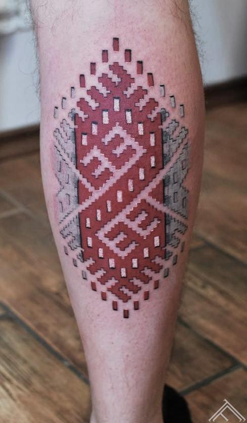 5janisandersons-tattoo-tattoofrequency-art-riga-latviesuzimes-latviesu-latvija-simbols-symbol-latviansymbol-studija-salons-tetovesana-jumis-auseklis