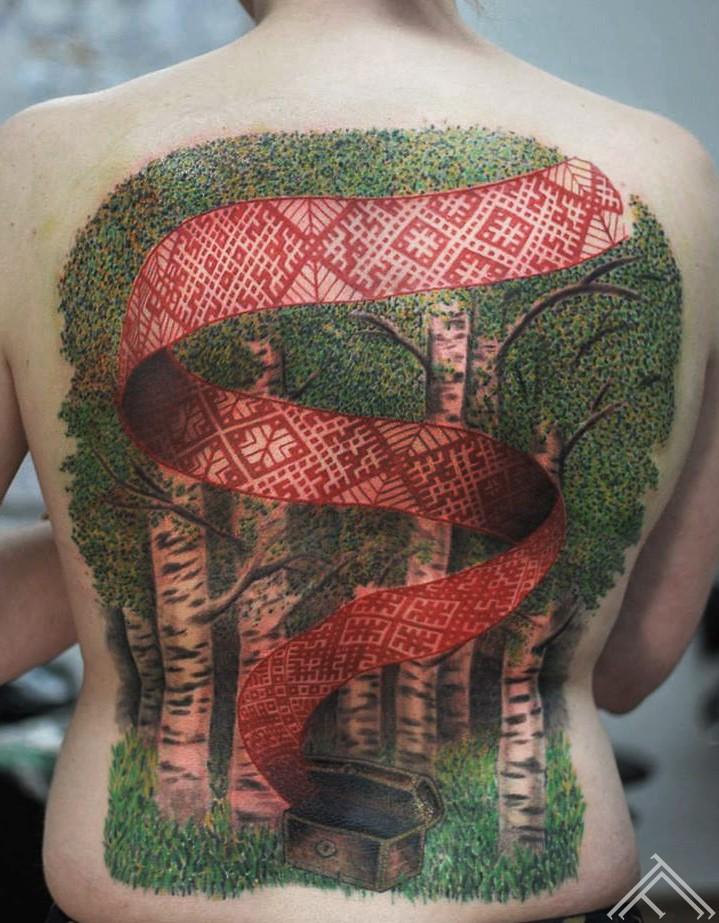 8janisandersons-tattoo-tattoofrequency-art-riga-latviesuzimes-latviesu-latvija-simbols-symbol-latviansymbol-studija-salons-tetovesana-jumis-auseklis-lab
