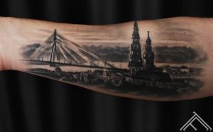 riga_latvija_pilseta_city_town_oldtown_bridge_tattoo_tattoofrequency