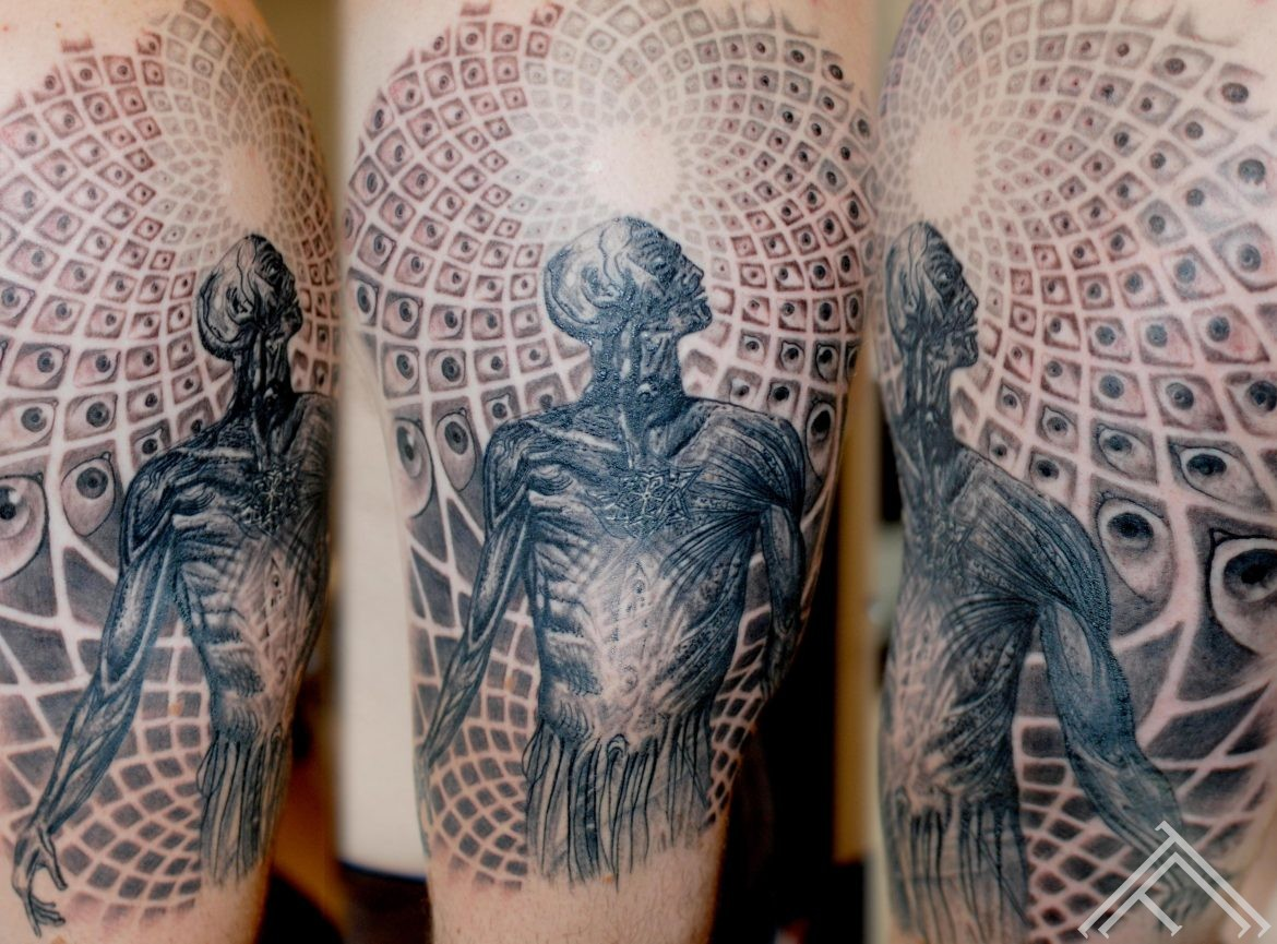 Alex gray reproduction done by maris pavlo-tattoo_art