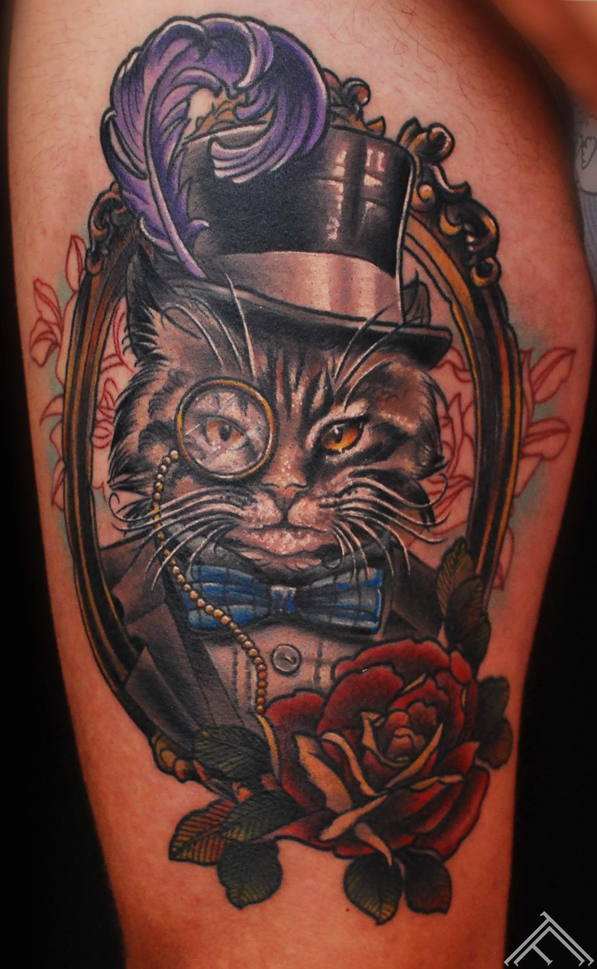 Tattoo_newtradicional_cat_monocle_feather_gentleman_marispavlo_tattoofrequency_healed_portfolio