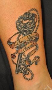 follow_heart_key_newtradicional_tattoo_tattoofrequency_tattoostudio_riga