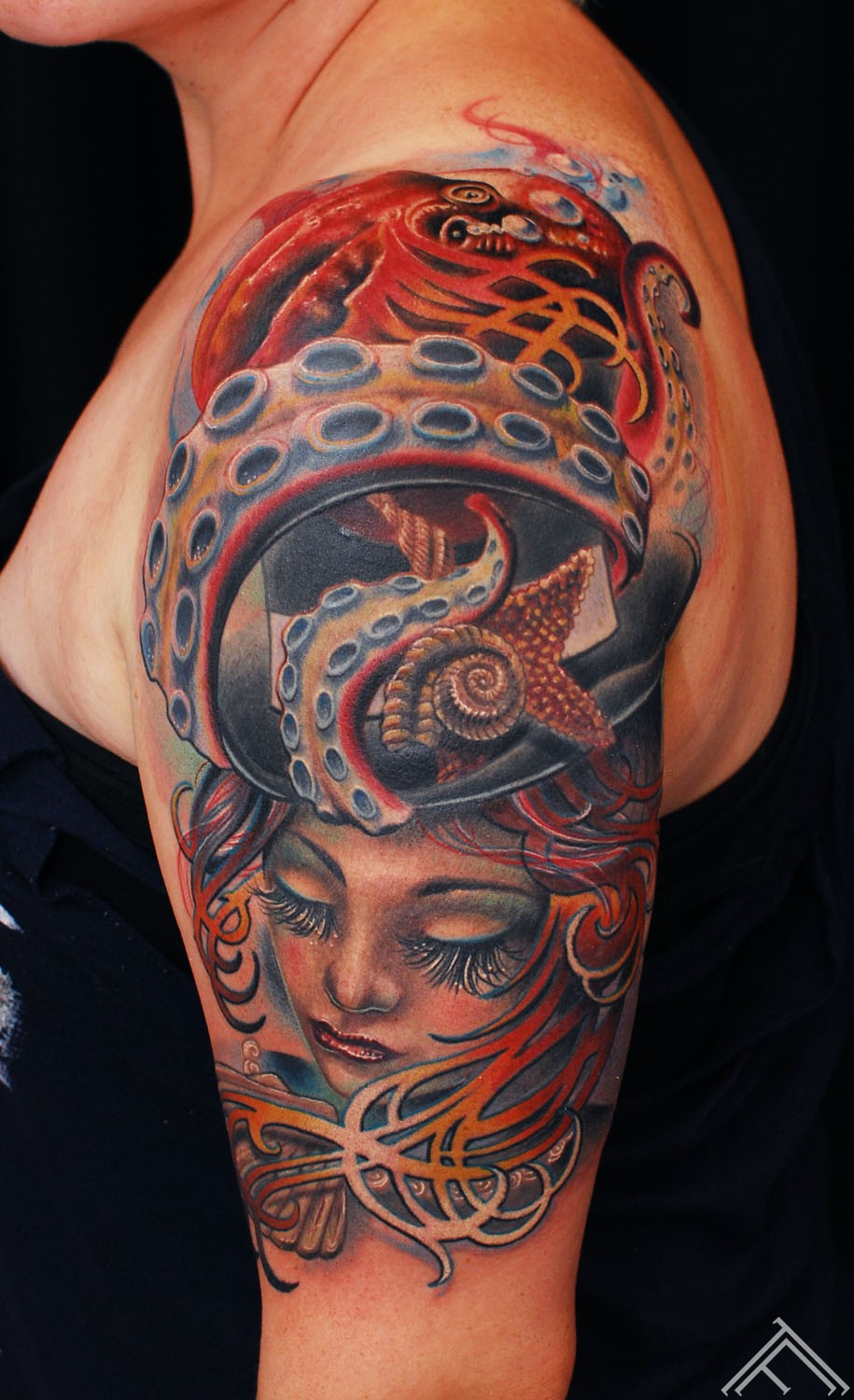octopus_tophat_woman_nouveau_art_tattoo_tattoofrequency_clean