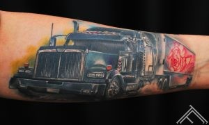 truch_tattoo_tattoofrequency_marispavlo_tattoosaloon_tattoostudioinriga_rigatattoo