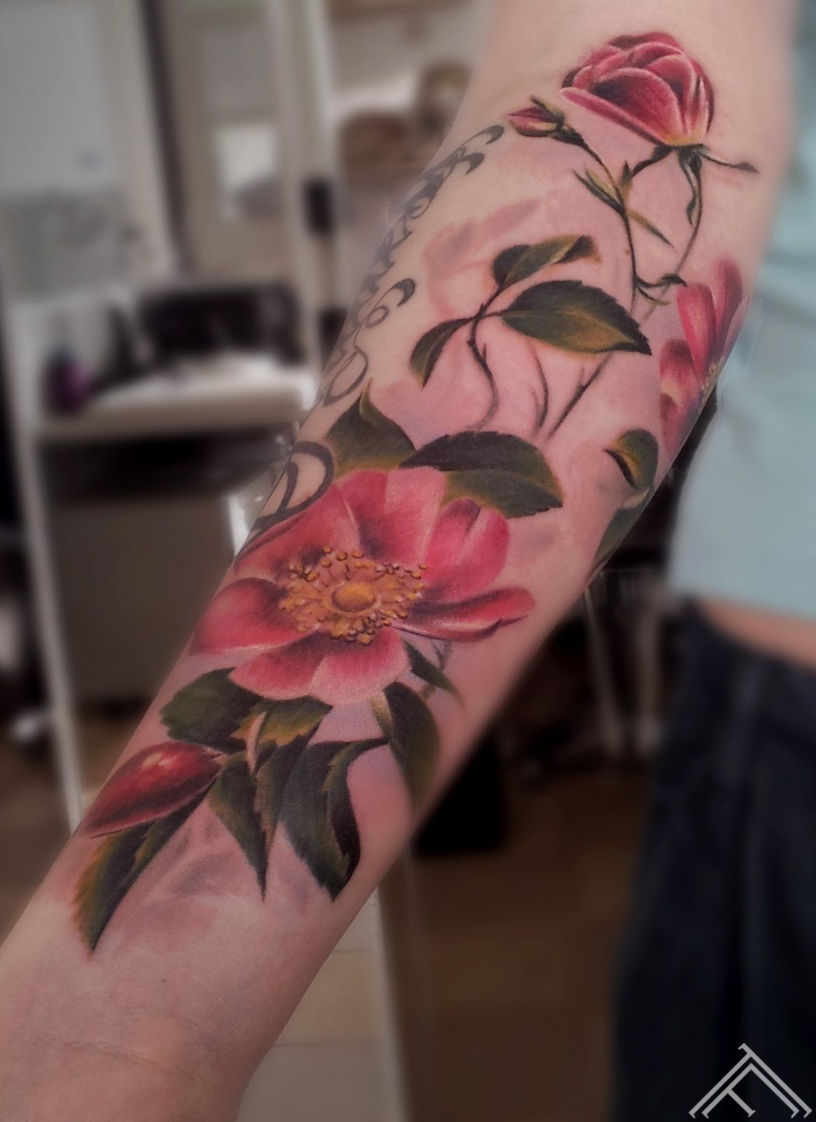 ziedi-flowers-tattoofrequency