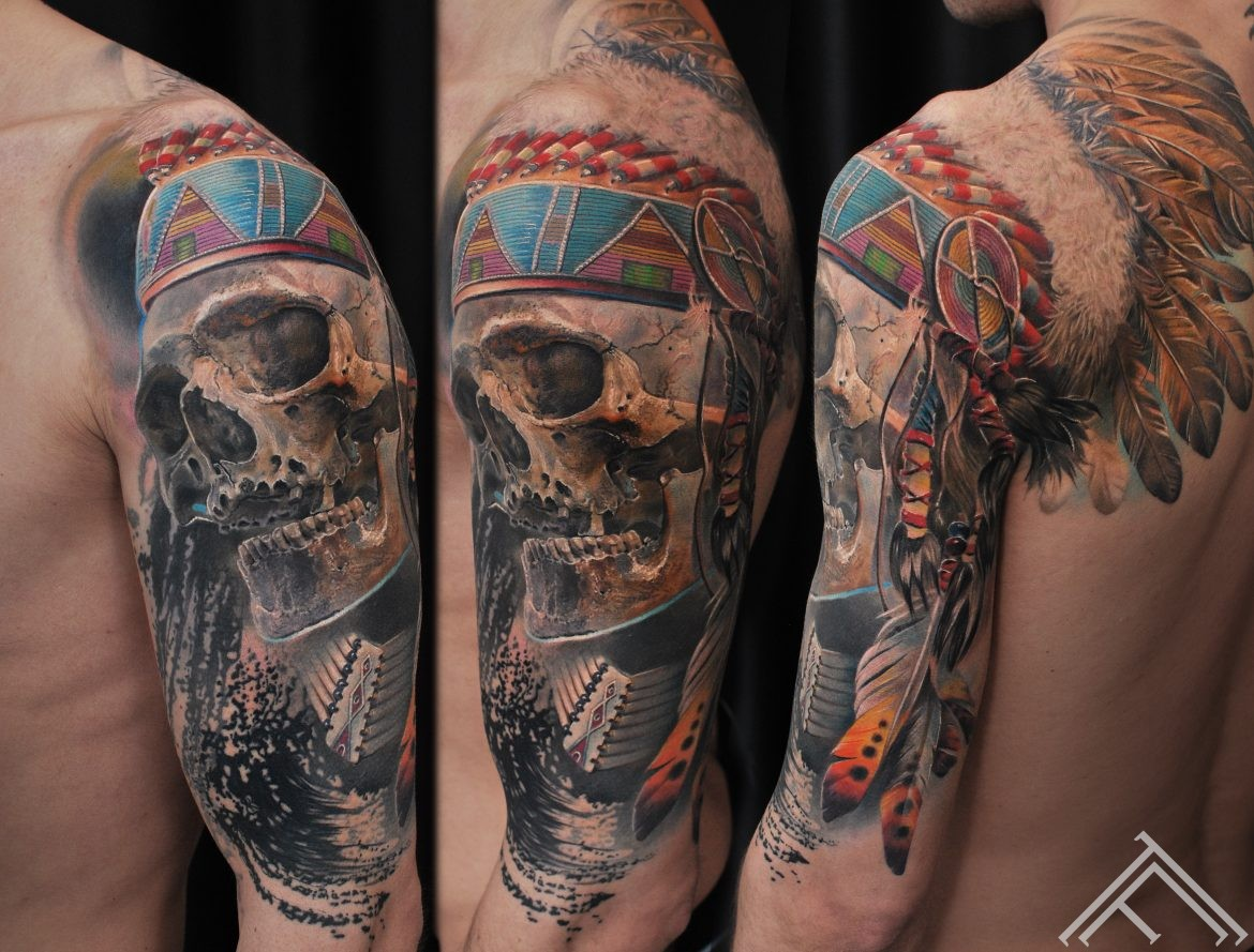 indian-native-skull-feather-indianis-tetovejums-riga-tetovesana-tattoofrequency-marispavlo-normal