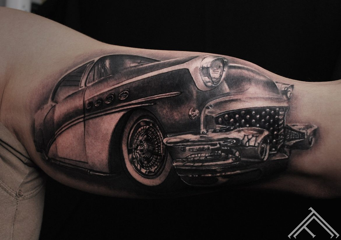 car_tattoo_buick_marispavlo_old-car-masina-tattoofrequency-riga-art-maksla-tetovejums