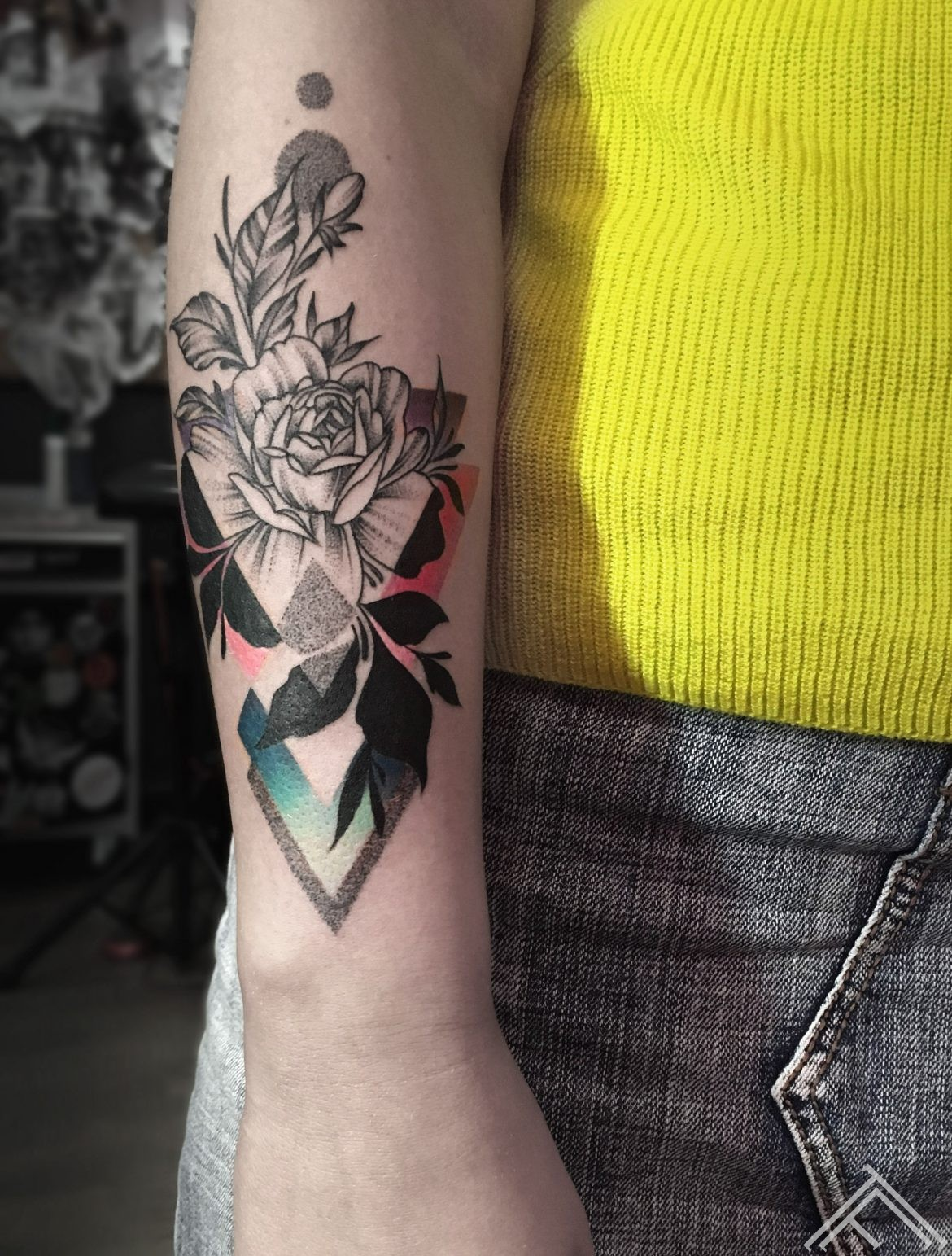 flower-dotwork-linework-tattoo-flowers-geometrical-tattoo-tattoofrequency