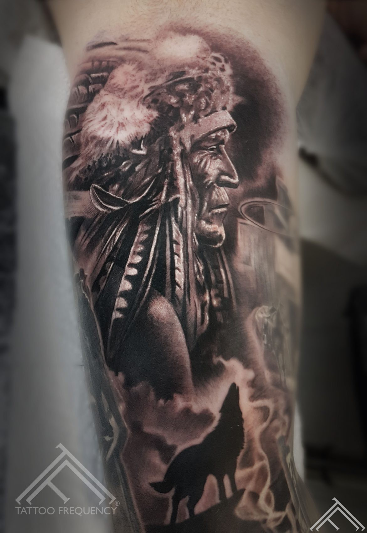 indian-tattoo-tattoofrequency-wolf-tetovejums-vilks-indianis