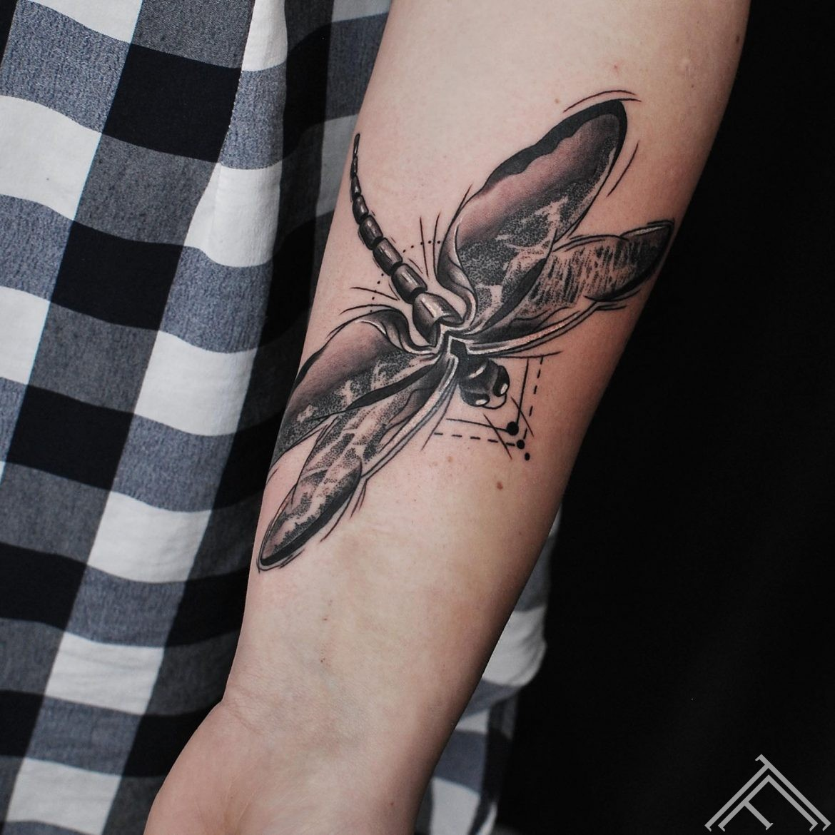 martinssilins-tattoo-tetovejums-spare-draguonfly-tattoofrequency-riga-m.lapa