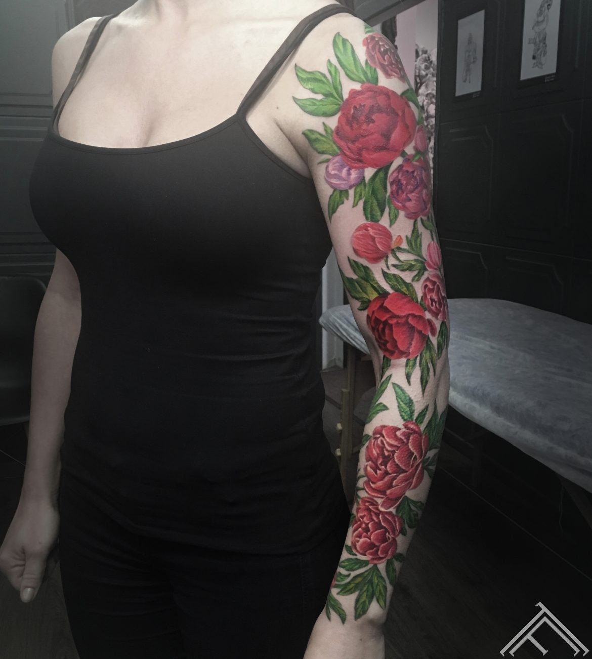 sleeve-sleevetattoo-flowersleeve-tattoofrequency-razin-tattoo-flowers-peony-tetovejums-peonijas