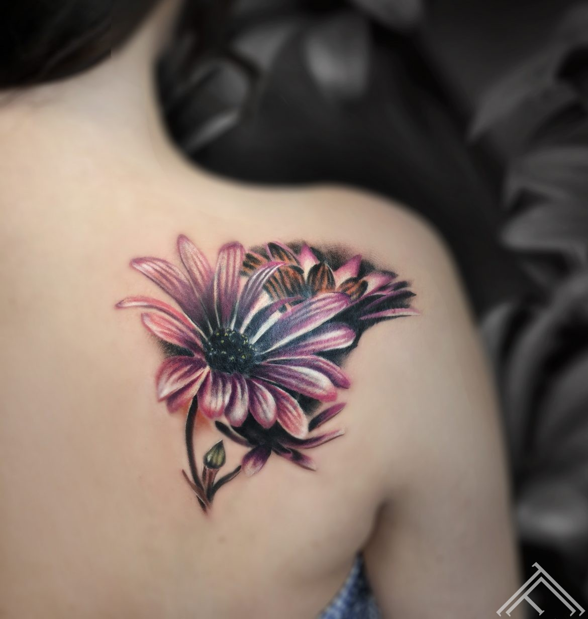 razins-tattoo-flowers-ziedi-art-riga-tattoofrequency