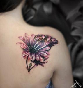 razins-tattoo-flowers-ziedi-art-riga-tattoofrequency