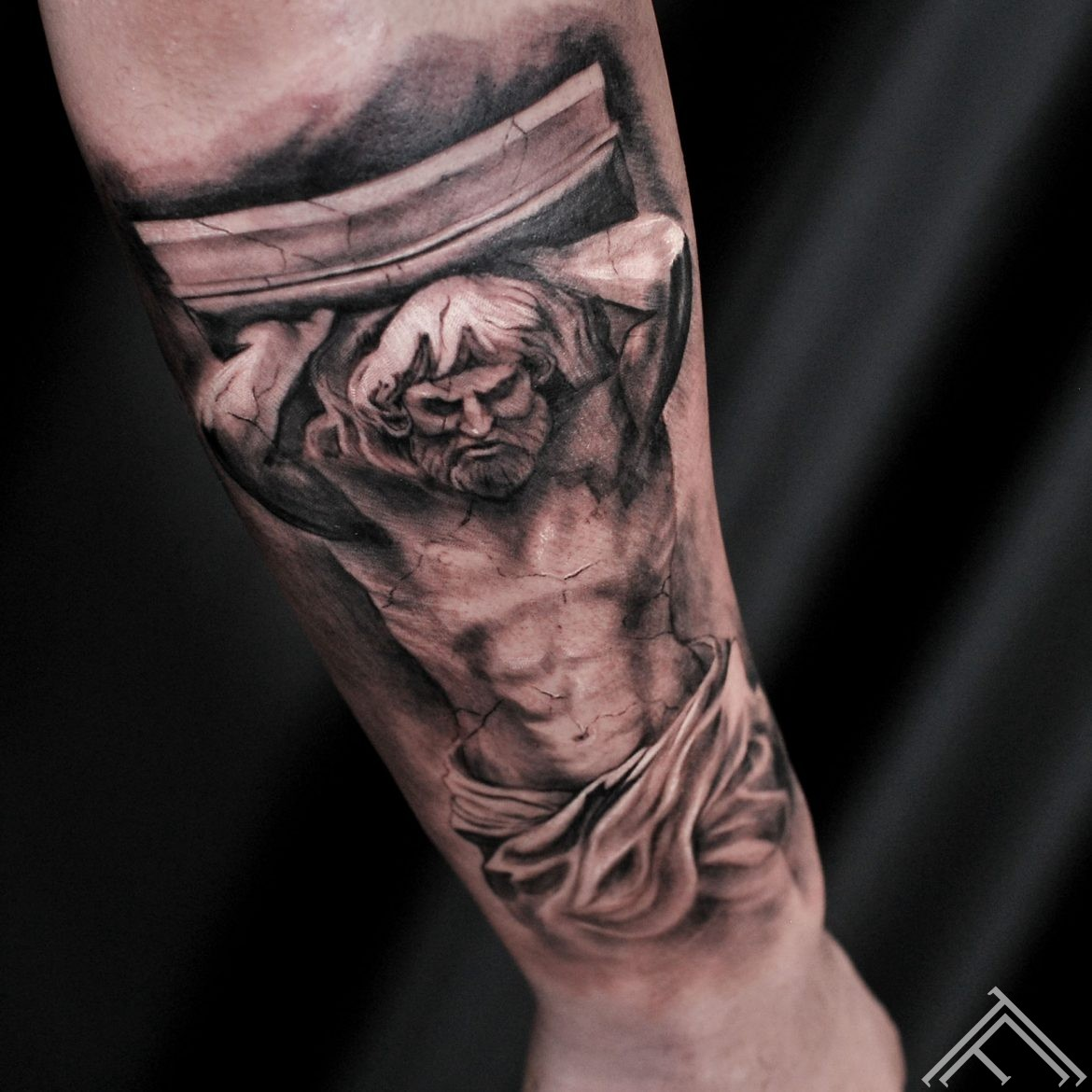 sculpture-thunder-tattoo-tattoofrequency