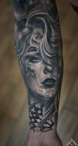 baroque_window_face_woman_portrait_art_marispavlo_tattoofrequency_tattoo_riga