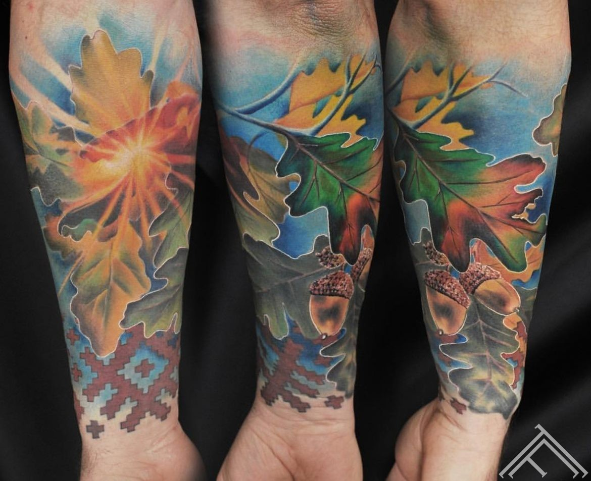 oak-tree-leaf-sun-sunshine-acorn-anderson-tattoo-tattoofrequency-riga-art