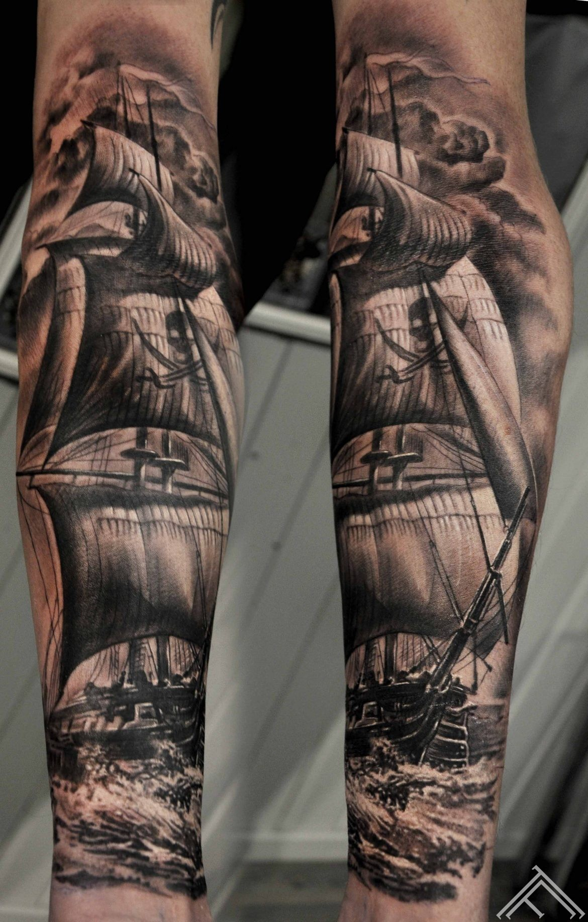 sailing-pirate-ship-tattoo-tattoofrequency-marispavlo