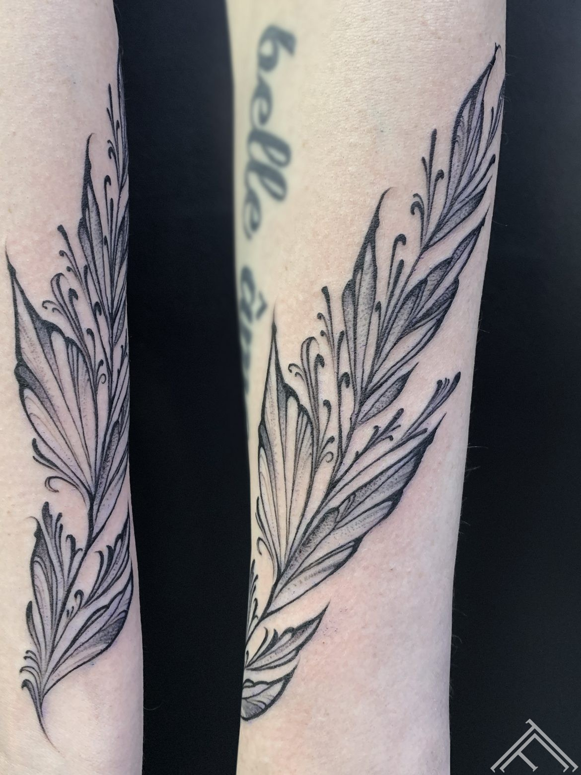 floral-tattoo-feather-tattoofrequency-riga-dmitryrazin