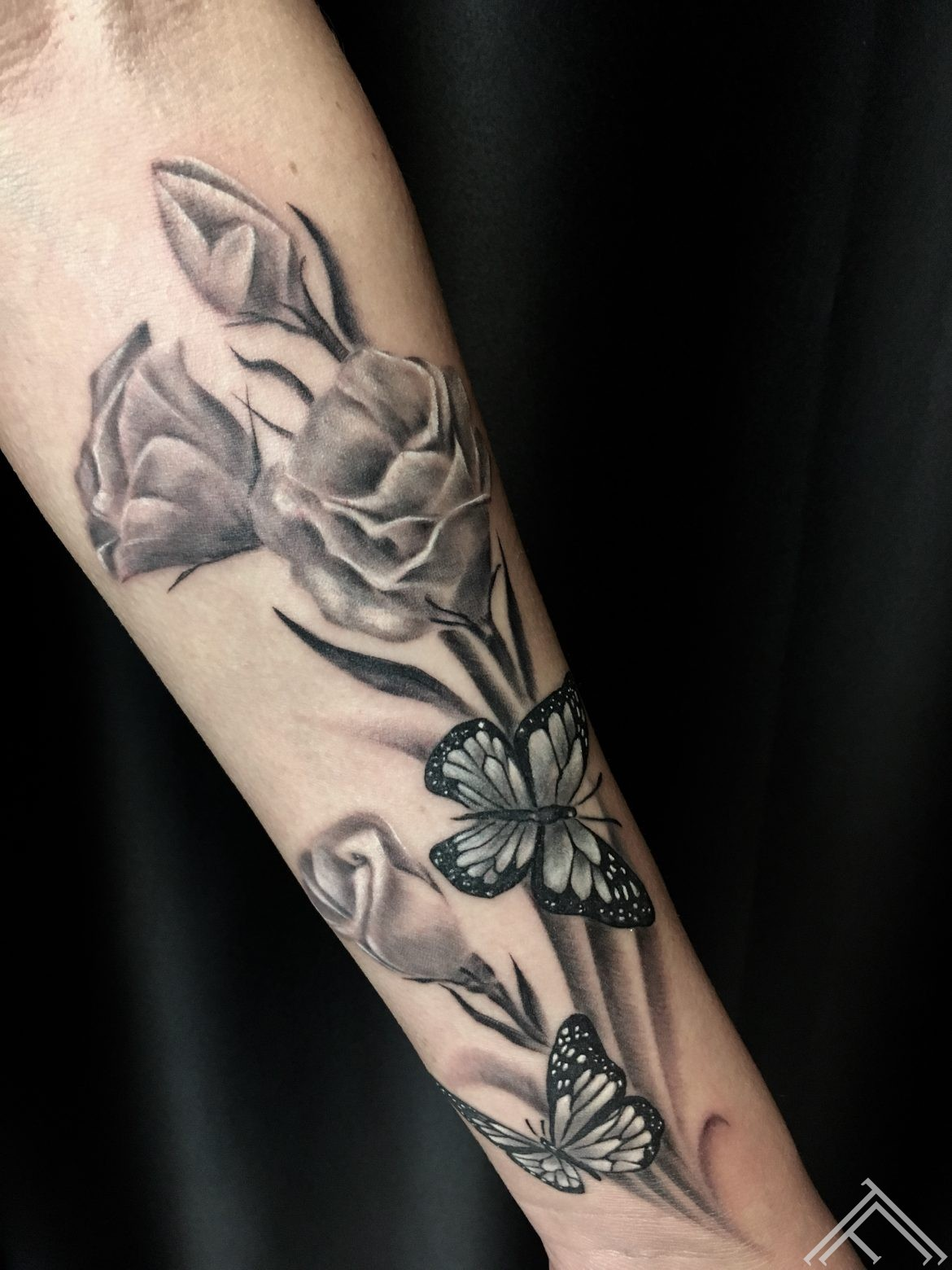 flowers-tattoo-tattoofrequency-riga-dmitriyrazin
